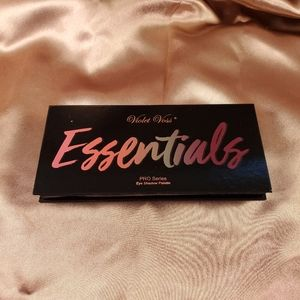Violet Voss Essentials PRO Series pallete